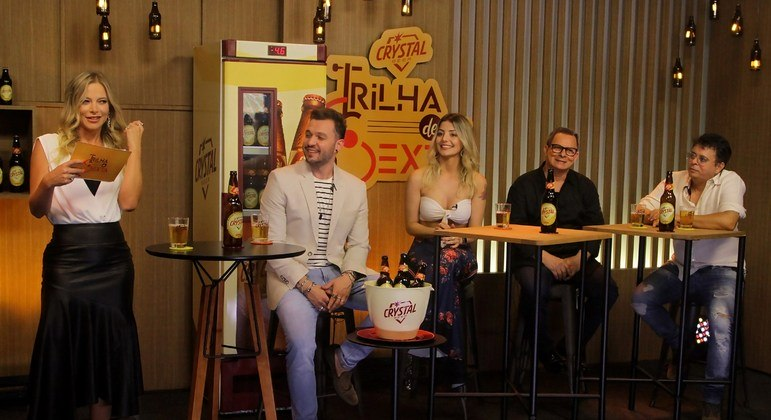 Jacky Petkovic recebe Bruno Araujo, Rebeca Giancursi e Althair & Alexandre na estreia da segunda temporada