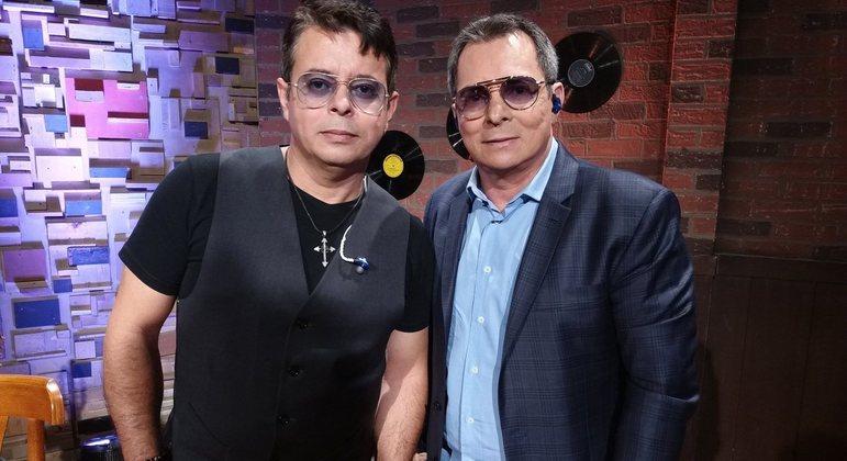 A dupla Althair & Alexendre: sucesso sertanejo desde os anos 1980, no placo no Trilha de Sexta