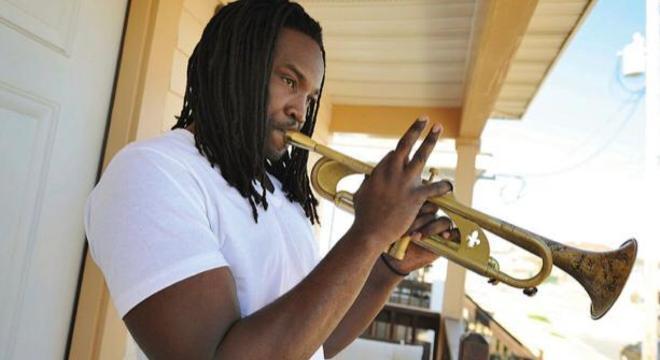 Músico quer ajudar no desarmamento de jovens