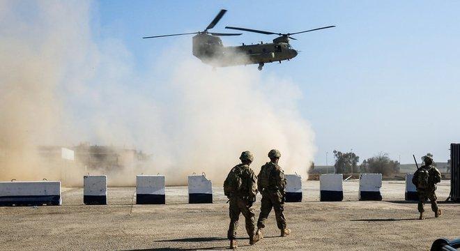 Três soldados, dois policiais e um civil foram mortos no contra-ataque americano (Foto de arquivo)