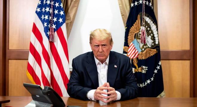 Do hospital, Trump afirmou que se sente melhor do que há 20 anos