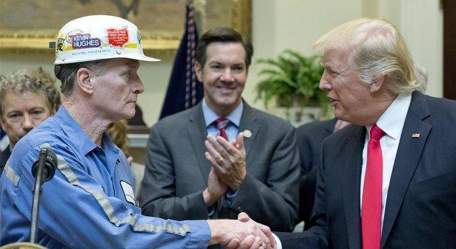 Para analista da Fundação Heritage, Trump teve 'solidaridade' com a classe trabalhadora