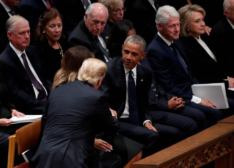 Tensão entre Trump e ex-presidentes marca funeral de Bush
