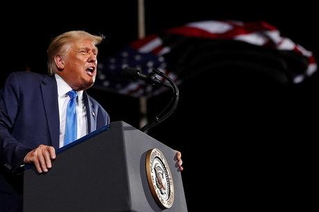 Trump critica eleições por correio em 2020