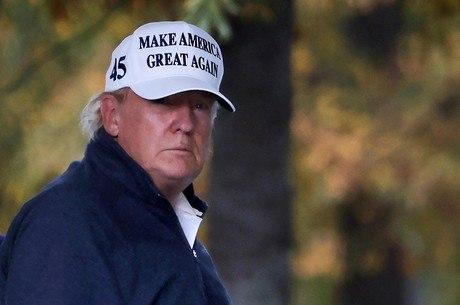 Trump jogou golfe no dia em que Biden venceu eleição