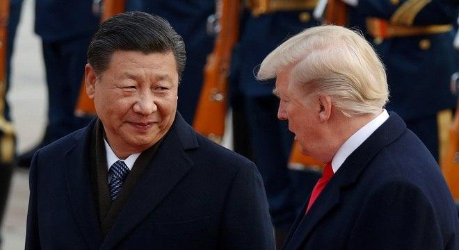 China acusa EUA de tentarem provocar uma Guerra Fria