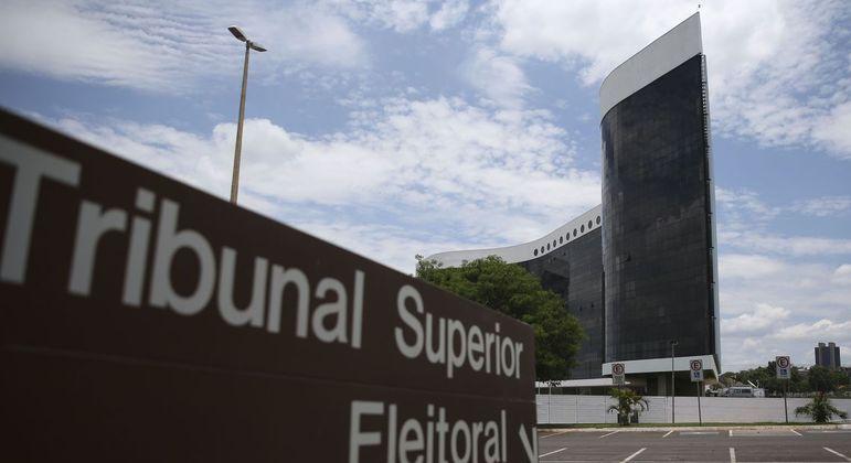 MP Eleitoral quer que PROS devolva R$ 11 mi aos cofres públicos
