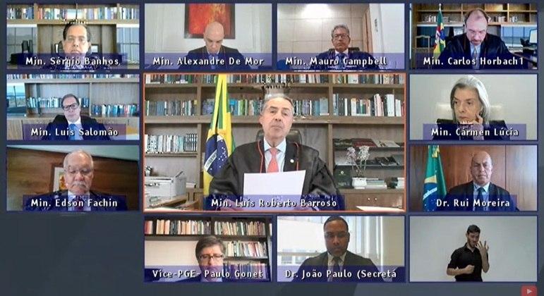 Presidente do TSE, Ministro Luís Roberto Barroso, fala sobre segurança nas eleições