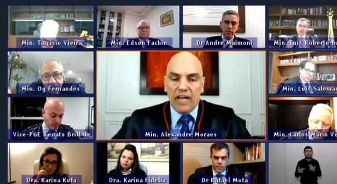 Julgamento do TSE  por meio de videoconferência