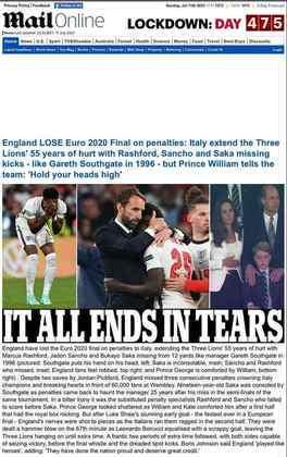 """""""Tudo termina em lágrimas"""" foi a manchete do jornal inglês """"The Daily Mail"""" após a derrota da seleção da Inglaterra."""