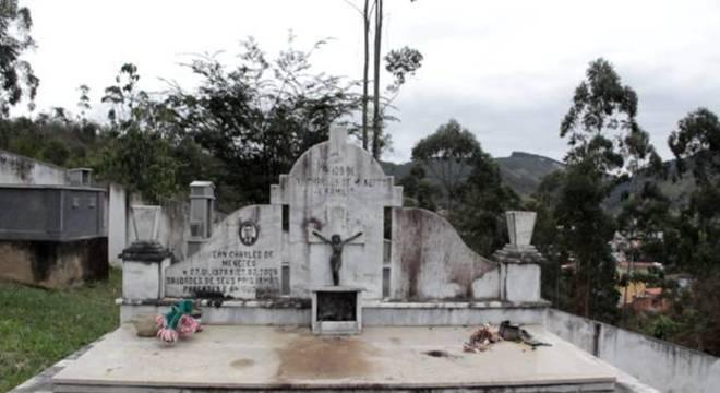 Túmulo de Jean Charles de Menezes em Gonzaga, no interior de Minas Gerais