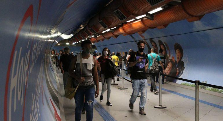 Doações podem ser feitas em estações da CPTM, Metrô e EMTU