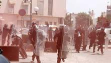 Presidente da Tunísia suspende atividades do parlamento