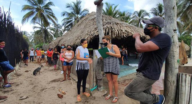 Os turistas que permaneceram em Palomino durante toda a quarentena tornaram-se membros e colaboradores da comunidade