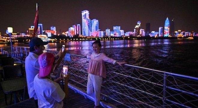 Wuhan recebeu quase 19 milhões de turistas de 1 a 7 de outubro, mais do que qualquer outra cidade chinesa