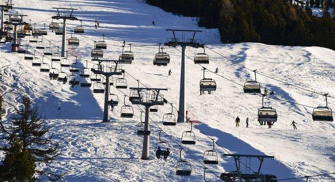 Primeiros casos na Alemanha vieram de jovens que haviam passado as férias em estações de esqui