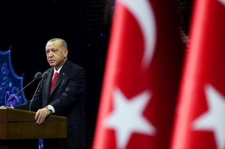 Erdogan criticou medidas anti-islã da França