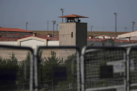 Turquia pode libertar até 90 mil presos