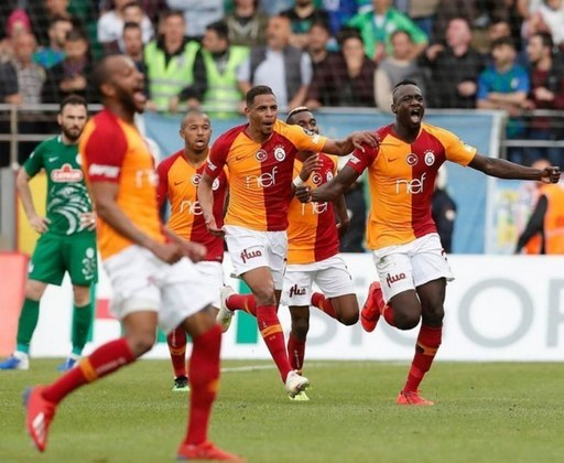 Turquia - Galatasaray – 22 títulos