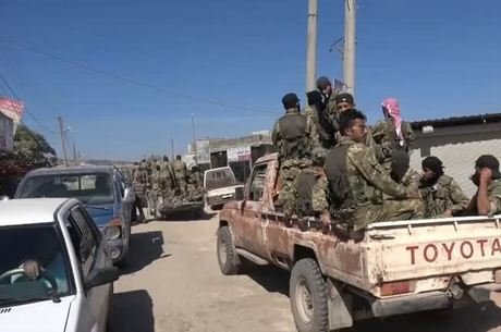 Refugiados estão fugindo da ofensiva turca na Síria