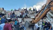Turquia revira escombros em busca de sobreviventes. Assista aos vídeos