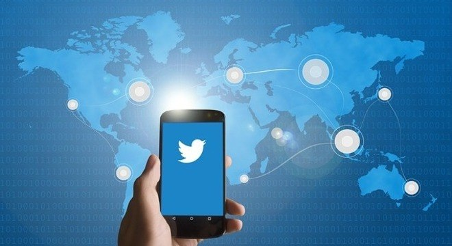 CEO do Twitter anúncio da decisão de banir o impulsionamento de conteúdo políticos