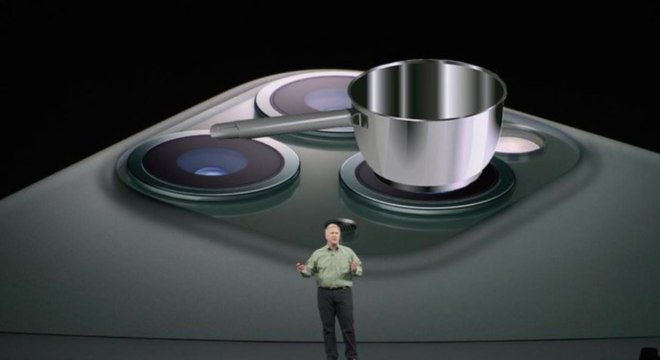iPhone 11 foi apresentado nesta terça (10) e está sendo comparado nas redes com um cooktop