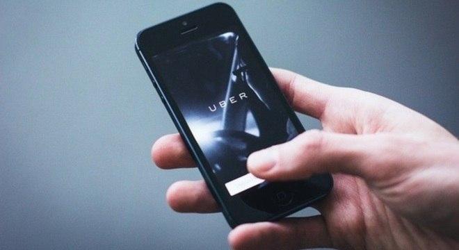 Negócios despencam por causa da pandemia e Uber demite colaboradores