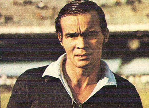 Ubirajara Motta - O goleiro jogou no Bangu por 10 anos e fazia parte do elenco bicampeão Carioca em 1966.