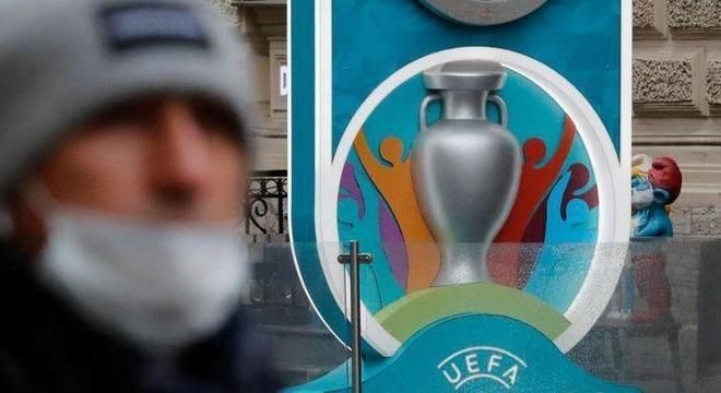 A UEFA e a Covid-16