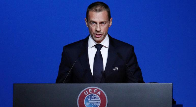 "Presidente da Uefa enfrenta a Superliga. ""Auto-escolhido cartel"""