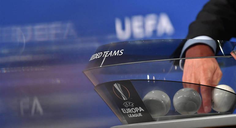 """Um detalhe de um sorteio na """"Europa League"""""""