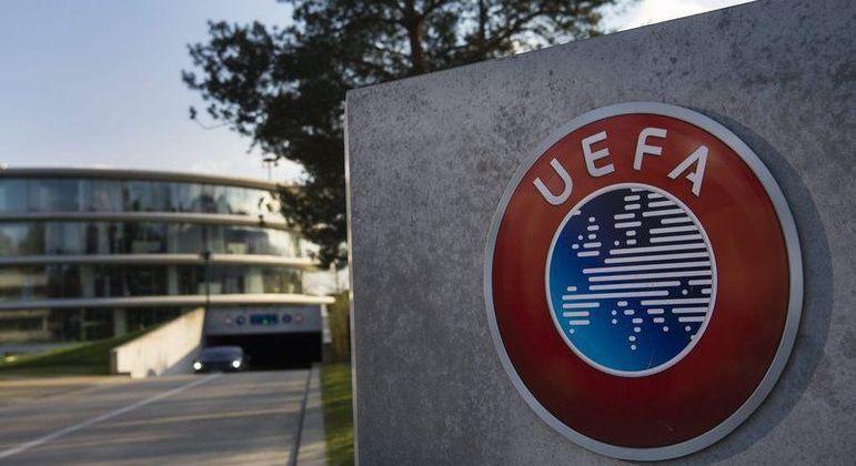 Uefa e Fifa prometem punições severas a clubes e jogadores que participarem da Superliga