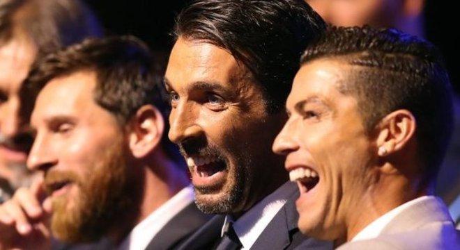 Messi, Buffon e Cristiano Ronaldo, na cerimônia de 2019