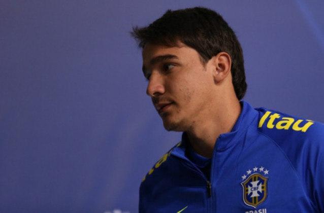 Uilson (goleiro): Defendendo o Atlético-MG quando foi convocado para os Jogo Olímpicos em 2016, encerrou o seu contrato com o Galo em 2020 e passou a defender o Coimbra, também de Minas Gerais, desde então.