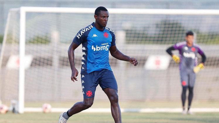 Ulisses - De acordo com os números do Vasco, tem oito partidas pela equipe principal cruz-maltina.