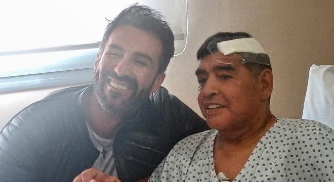 Médico Leopoldo Luque publicou última foto de Maradona no instagram