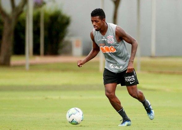 Último a ser contratado pelo Corinthians, Jonathan Cafú tem tido dificuldade para ganhar espaço ser relacionado para os jogos.