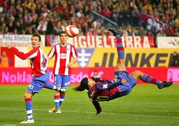 Último gol - A última imagem do Bruxo não poderia ser mais bonita: golaço de bicicleta contra o Atlético de Madrid.