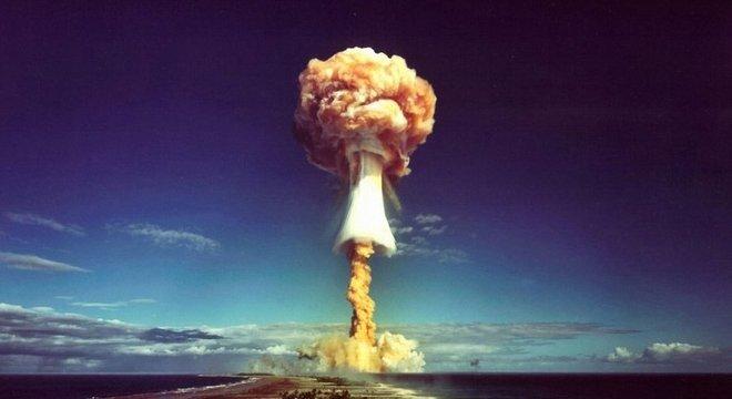 Um cogumelo atômico sobre o Pacífico, algo que você certamente não quer ver
