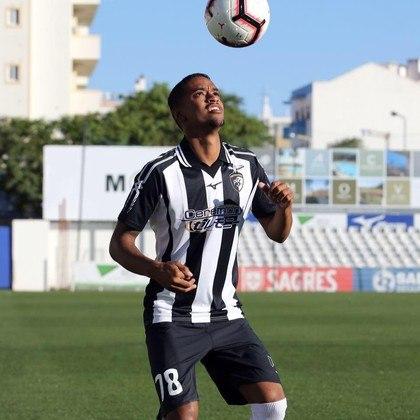 Um dos goleadores da Copinha de 2018 pela Ferroviária, Luís Henrique foi emprestado ao futebol português em setembro, para a equipe do Portimonense, e está lá até hoje.