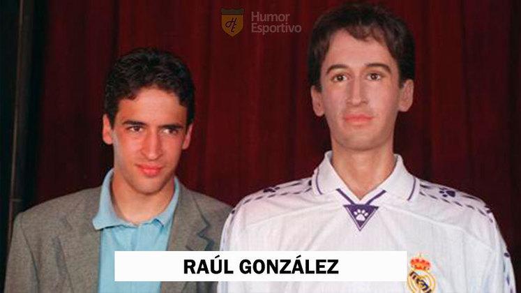 Um dos grandes ídolos da história do Real Madrid, Raúl também já ganhou homenagem em museu de cera