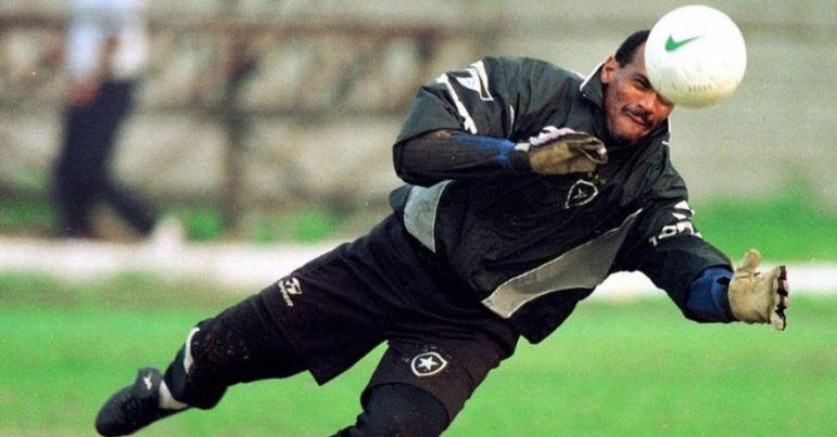 Um dos heróis do título brasileiro de 1995, WAGNER completa a lista com 412 jogos. Também goleiro, ele ainda venceu um Carioca e um Rio-São Paulo pelo clube.