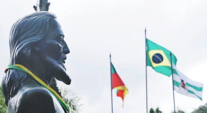 Um dos monumentos do líder inconfidente
