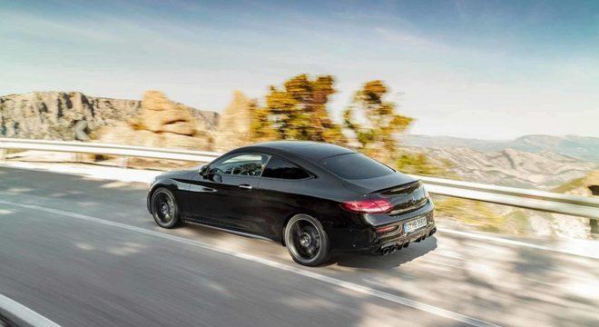 Um exemplo de coupé é o Mercedes-Benz Classe C / Divulgação