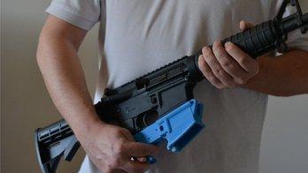 __Governo altera decreto de armas e proíbe que cidadão porte fuzil__ (BBC NEWS BRASIL)