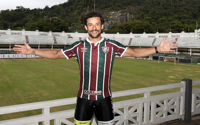 Um grande ídolo do Fluminense acertou o seu retorno ao clube. O atacante Fred assinou com o Tricolor até até 21 de julho de 2022, data que marca o aniversário de 120 anos da instituição. Já o atacante Jô, que assim como Fred esteve na Copa de 2014, acertou com o Corinthians.
