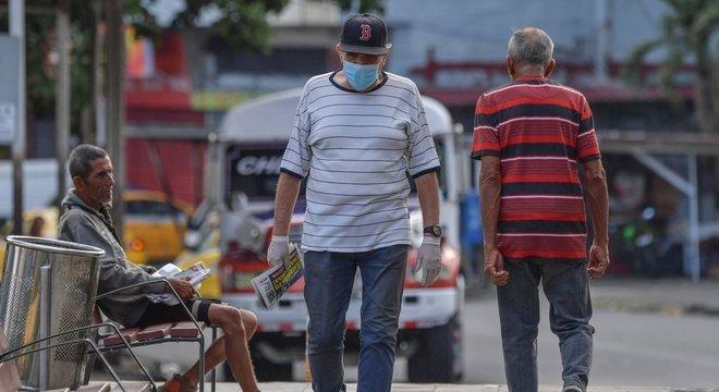 No Panamá, as restrições de movimento agora se baseiam em gênero.