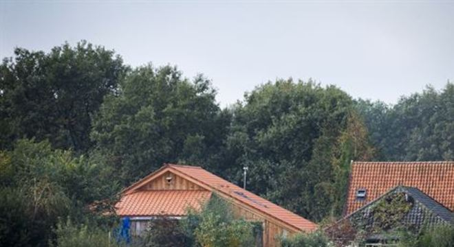 Um indivíduo de 58 anos, suspeito de manter os seis membros de uma família durante anos em cativeiro em um sítio isolado na Holanda, foi oficialmente acusado de privação de liberdade