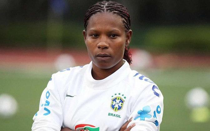 Um símbolo da luta contra o racismo no futebol feminino, Formiga já afirmou em uma entrevista que tenta conscientizar as novas jogadores sobre a importância do assunto e a luta contra o racismo.